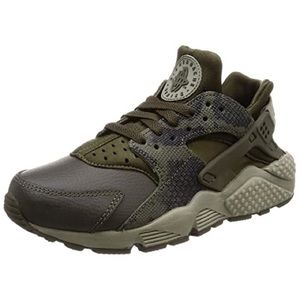 Green and brown huaraches